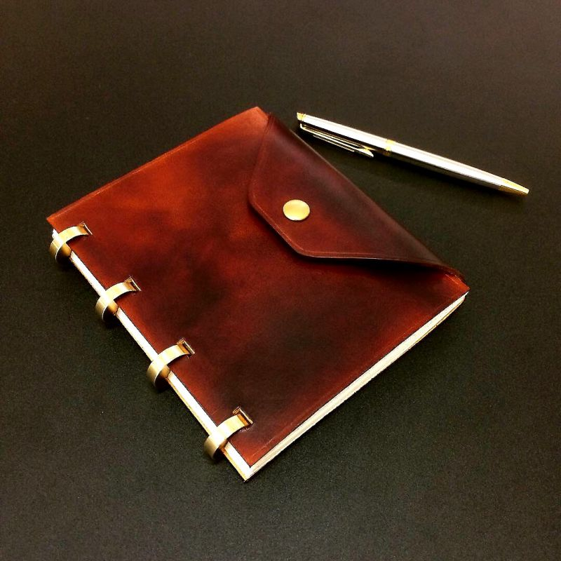 Limited edition / Luxurious Refillable diary